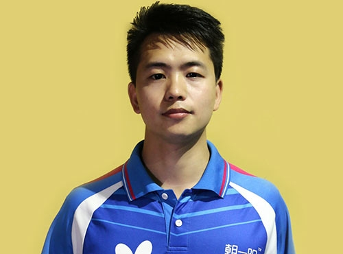 乒乓球教练康凯